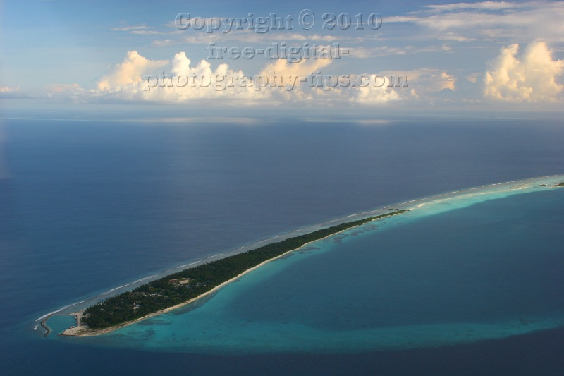 Cool view Maldives Islands fluffy Malediven clouds Trans Maldivian seaplane Sun Island